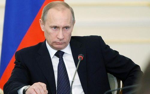 10 mốc thời gian đáng nhớ trong cuộc đời của Tổng thống Putin - Ảnh 1