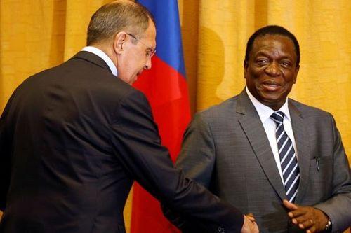 Tân Tổng thống Zimbabwe ân xá hơn 3000 tù nhân để lấy lòng cử tri - Ảnh 1