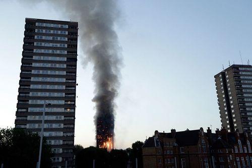 Các vụ cháy chung cư kinh hoàng khiến nhiều người thiệt mạng trên thế giới - Ảnh 2