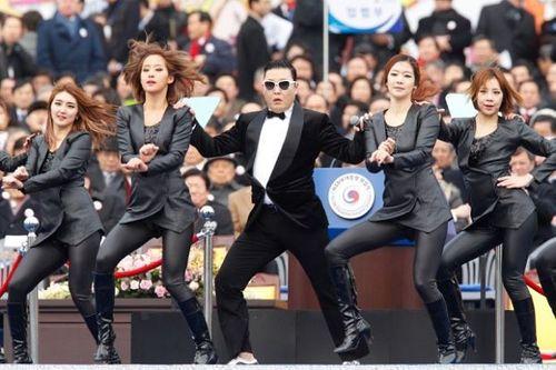 Hàn Quốc muốn đưa Psy tới biểu diễn Gangnam style tại Triều Tiên - Ảnh 1