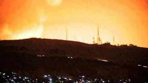 Những hình ảnh đầu tiên về cuộc tấn công của Mỹ ở Syria - Ảnh 2
