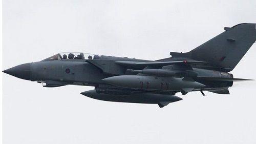 Anh, Pháp và Mỹ sử dụng vũ khí gì để tấn công Syria? - Ảnh 1