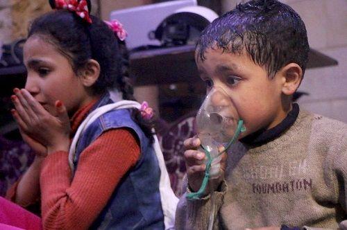 Mỹ không kích Syria chỉ làm phát tán thêm vũ khí hóa học? - Ảnh 1