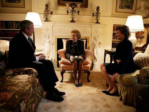 Bên trong nhà khách Tổng thống Mỹ - 'khách sạn sang chảnh nhất thế giới'  - Ảnh 12