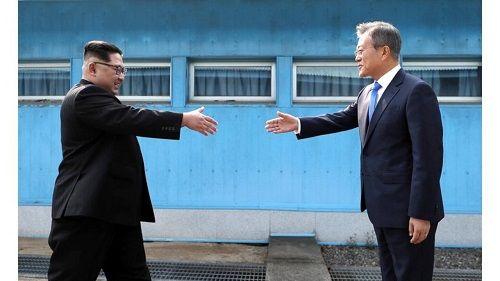 """Trung Quốc nói về thượng đỉnh liên Triều: """"Thảm họa không bao giờ đủ sức chia cắt anh em""""  - Ảnh 1"""