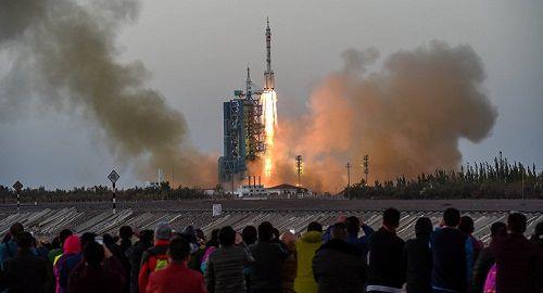 Nga muốn giúp Trung Quốc xây trung tâm phục hồi chức năng cho phi hành gia - Ảnh 1