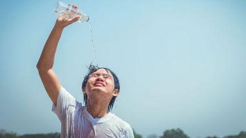 Khoa học chứng minh trời càng nóng, kết quả học của trẻ càng kém - Ảnh 1