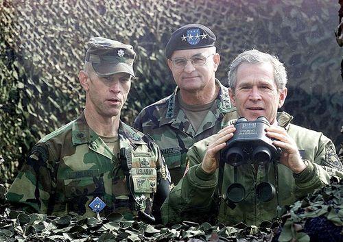 Nhìn lại gần 7 thập kỷ quan hệ ngoại giao Mỹ - Triều Tiên qua ảnh - Ảnh 18