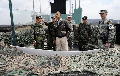 Nhìn lại gần 7 thập kỷ quan hệ ngoại giao Mỹ - Triều Tiên qua ảnh - Ảnh 21