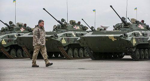 Cựu quan chức NATO: Nga có thể đánh bại Ukraine trong 'vài ngày' - Ảnh 1