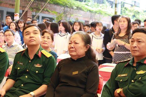 """Học sinh trường Lương Thế Vinh làm triển lãm """"Dấu ấn"""" tưởng nhớ thầy Văn Như Cương - Ảnh 14"""