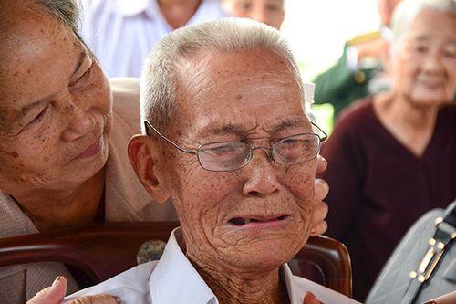 Người dân quê nhà nghẹn ngào nước mắt tiếc thương bác Sáu Khải - Ảnh 3