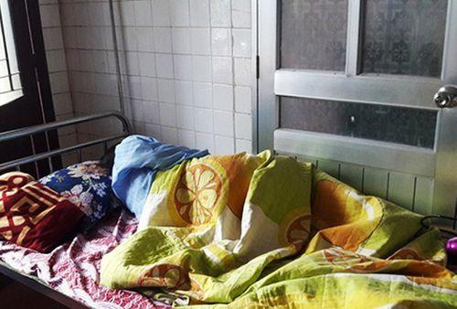 Vụ giáo sinh mang bầu bị bắt quỳ: Bộ GD & ĐT chỉ đạo khẩn - Ảnh 1