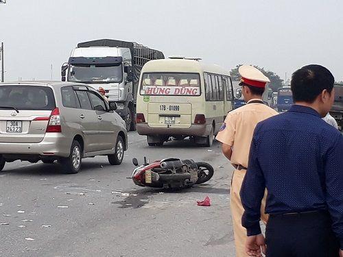 Tai nạn liên hoàn trên QL10, một người tử vong tại chỗ - Ảnh 1