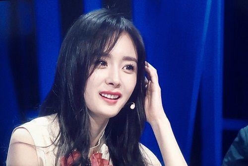 """""""Soi"""" nhan sắc Phạm Băng Băng, Dương Mịch, Angelababy khi để cùng 1 kiểu tóc - Ảnh 4"""