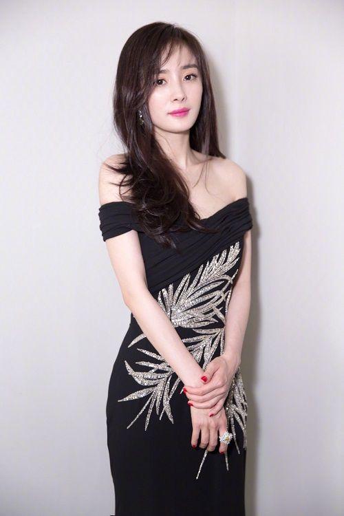 """""""Soi"""" nhan sắc Phạm Băng Băng, Dương Mịch, Angelababy khi để cùng 1 kiểu tóc - Ảnh 5"""