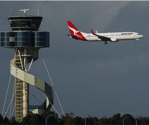 Sân bay Sydney hoạt động trở lại sau sự cố tại trạm kiểm soát không lưu - Ảnh 1