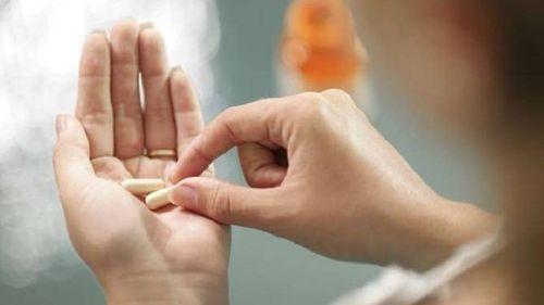 Nguy cơ của việc sử dụng kháng sinh dài hạn đối với phụ nữ - Ảnh 1