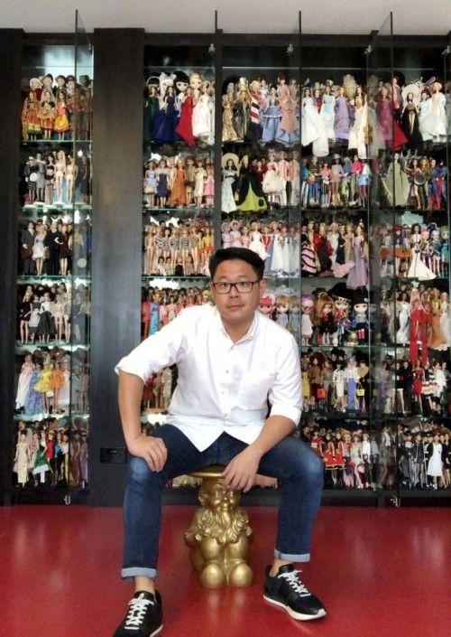 Quý ông sở hữu bộ sưu tập hơn 10.000 búp bê trị giá 11 tỷ đồng - Ảnh 1