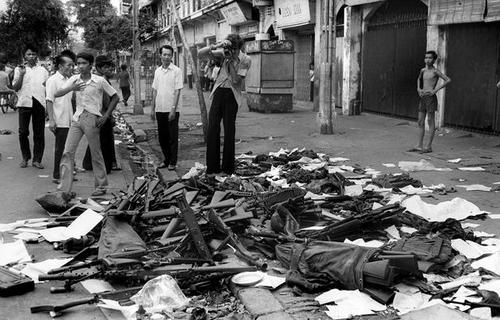 Những giờ cuối cùng trước giải phóng miền Nam 30/4/1975 - Ảnh 11