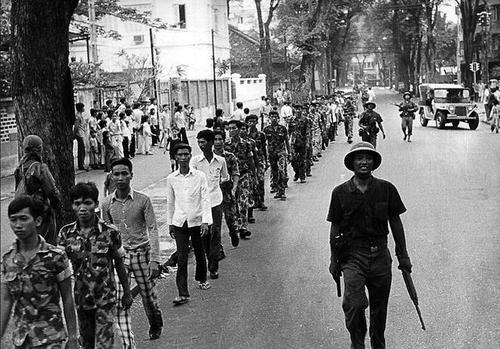 Những giờ cuối cùng trước giải phóng miền Nam 30/4/1975 - Ảnh 10
