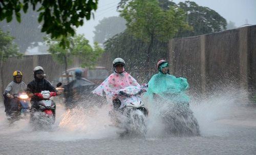 Dự báo thời tiết ngày 11/5: Miền Bắc mưa dông, đề phòng thời tiết nguy hiểm - Ảnh 1