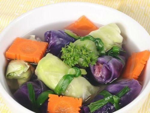 Thanh nhiệt ngày hè với món bắp cải cuốn cá thác lác hấp - Ảnh 1