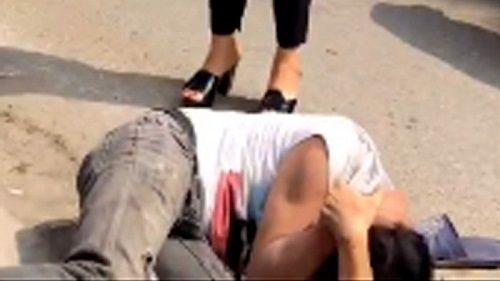 Công an điều tra vụ nam thanh niên bị hành hung dã man giữa phố - Ảnh 2