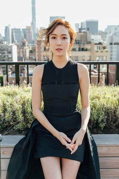 """Jessica ký hợp đồng với công ty giải trí Mỹ, """"cùng nhà"""" với loạt sao Hollywood - Ảnh 2"""