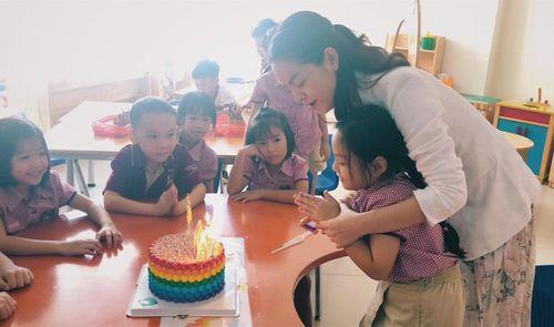 Phạm Quỳnh Anh - Quang Huy rạng rỡ hội ngộ trong sinh nhật con gái Bella - Ảnh 2