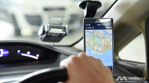 Hậu sáp nhập Grab - Uber: Nhiều lái xe Singapore lo lắng, hoang mang - Ảnh 1