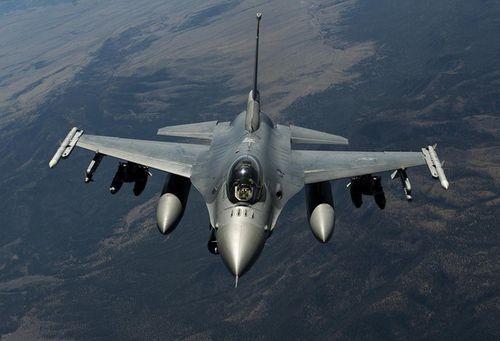 So sánh sức mạnh quân sự giữa các nước trong cuộc chiến tại Syria  - Ảnh 2
