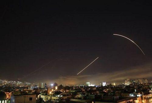 """Syria dùng """"đồ cổ"""" ngăn chặn tên lửa Mỹ, không cần Nga trợ giúp - Ảnh 1"""