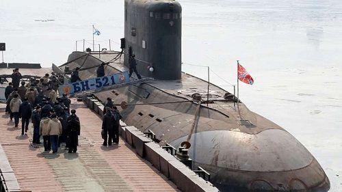 Trước cuộc không kích Syria, tàu ngầm Nga đã bí mật bám theo tàu ngầm Anh - Ảnh 1