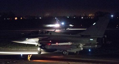 """""""Tín hiệu"""" của NATO cho Syria, Nga và Iran sau những cuộc tấn công bằng tên lửa - Ảnh 1"""