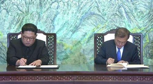 Bất ngờ với tuyên bố chung cuối cùng của hai nhà lãnh đạo Hàn –Triều - Ảnh 1
