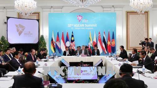 Thủ tướng Nguyễn Xuân Phúc dự Phiên họp toàn thể Hội nghị cấp cao ASEAN - Ảnh 1