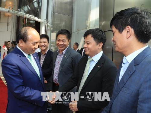Thủ tướng kết thúc tốt đẹp thăm chính thức Singapore và dự Hội nghị Cấp cao ASEAN 32 - Ảnh 1