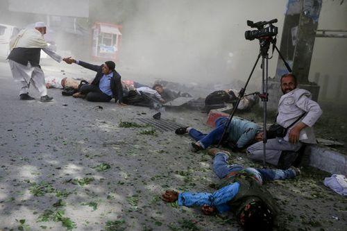 Quốc tế lên án vụ đánh bom khiến ít nhất 31 người thiệt mạng ở Afghanistan - Ảnh 2