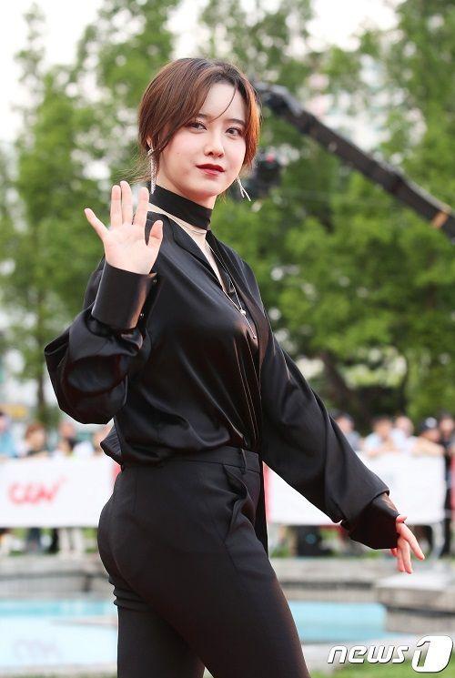 """Bất ngờ phát tướng, """"nàng cỏ"""" Goo Hye Sun bị nghi đang mang thai con đầu lòng - Ảnh 3"""