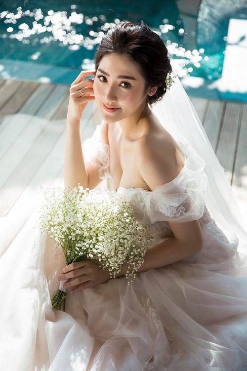 Á hậu Tú Anh khoe bộ ảnh cưới đẹp như mơ với chú rể điển trai - Ảnh 6