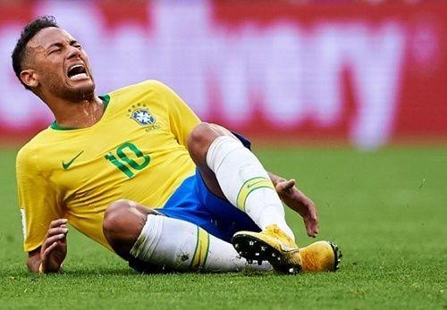 Lần đầu thừa nhận hành vi ăn vạ tại World Cup 2018, Neymar mong mọi người tha thứ - Ảnh 1