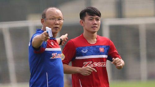Olympic Việt Nam: Minh Vương bất ngờ nhận vé tham dự ASIAD 2018 - Ảnh 2