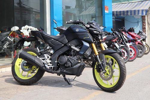 """Cận cảnh """"siêu xe"""" Yamaha MT-15 đầu tiên về Việt Nam có giá 79 triệu đồng - Ảnh 1"""