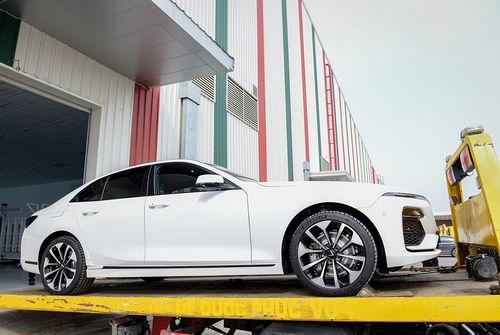 VinFast bắt đầu đưa 155 xe đi nước ngoài để kiểm thử chất lượng - Ảnh 1