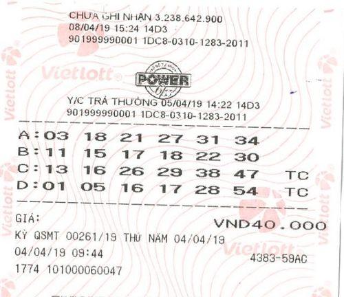 Nửa đầu tháng 4, Vietlott đã tìm ra 3 người may mắn trúng jackpot - Ảnh 1