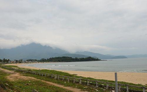 Mẹ chồng hoa hậu Đặng Thu Thảo nói gì về dự án bít lối ra biển của dân? - Ảnh 2