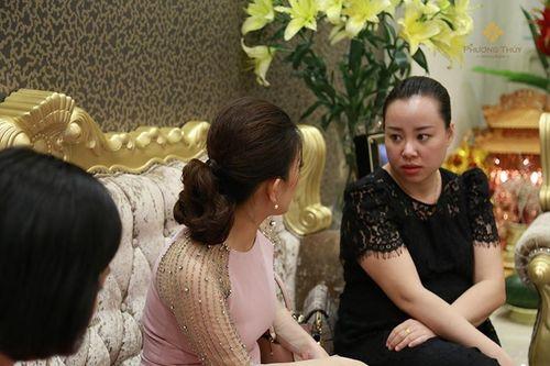 Khúc Thị Phương Thúy - Nữ thuyền trưởng và mối tình 15 năm dành cho Thẩm mỹ Việt - Ảnh 4