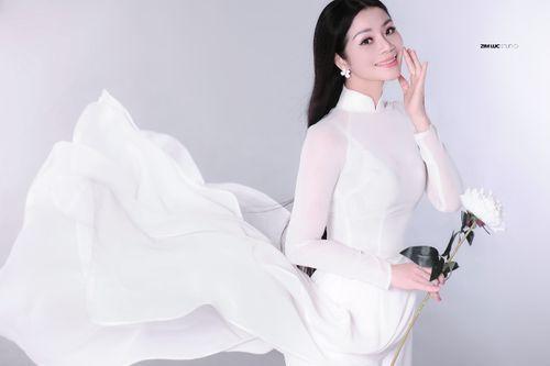 Doanh nhân Mai Vũ tham dự cuộc thi Hoa hậu Doanh nhân người Việt Châu Âu 2018 - Ảnh 2