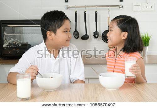 4 lưu ý giúp phát huy lợi ích của sữa tươi mẹ có biết chưa? - Ảnh 1